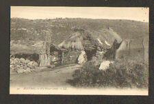 SCENE de VIE / ALGERIE / HABITAT , DOUAR ARABE début 1900