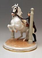 AUGARTEN PFERD SPANISCHE HOFREITSCHULE IN DEN PILAREN HORSE VIENNA DÖBRICH 1927