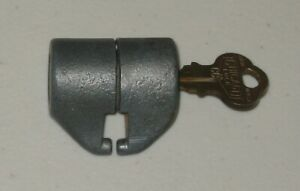 1 Original Northwestern NC61 Barrel Lock - Gumball Peanut Vending Machine w/ Key