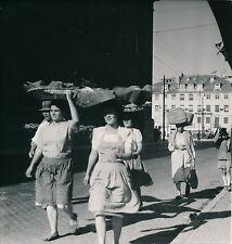 PORTUGAL c. 1950 - Lisbonne Marchandes de Poissons  - Div 4062