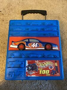 hot wheels rolling Carrying Case Holds 100 Cars