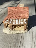 LITTLE MARKET Cottage by David Winter Made & Hand Painted in Great Britain