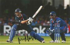 5) 6 X 4 Pulgadas Foto firmado personalmente por Essex Jugador de Cricket James Foster.