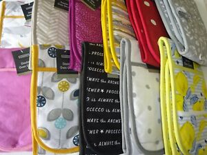 100% Cotton Double Oven Gloves.  Lots of Designs to Choose.  Great Fun