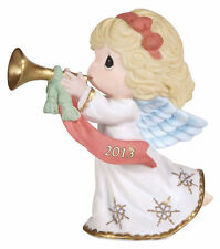 Precious Moments 2013 Christmas figure Peace on Earth and Goodwill to all 131001