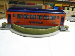 STANDARD GAUGE LIONEL LINES DINER ORANGE AND BLUE 11- 90070  NO 552