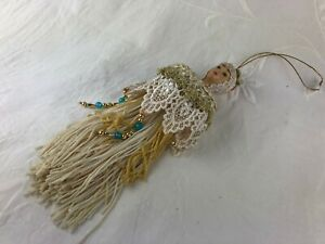 CHINA/CERAMIC DOLL HEAD/BUST - TASSEL - LOVELY LACE DRESSED 21 CM