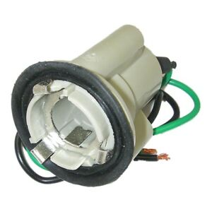Parts Master 82017 2-Wire Single Contact Multi-Use Lamp Socket & Pigtail