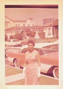 PRETTY WOMAN PINK DRESS & CAR - LONG GLOVES BLACK AFRICAN AMERICAN VTG PHOTO 540