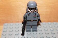 Lego Star Wars - General Veers Figur vom Todesstern mit Blaster Waffe Set 10188