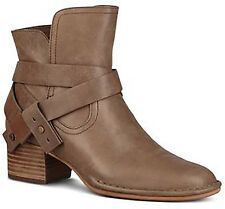 NEW UGG Australia Elysian SAHARA  Leather Ankle Boots Bootie sz 7 38