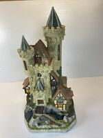 David Winter Limited Edition Guardian Castle 1993 No. 6367/8490