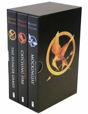 The Hunger Games Trilogy Boxset by Collins, Suzanne