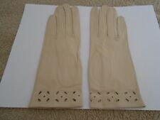 Vintage Bone Leather Gloves (Italy) In Sleeve Cut Out Detail On Edge-Size 7