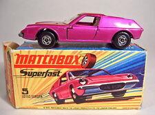 "Matchbox SF Nr.5A Lotus Europa lilametallic breite Räder ""I"" Box"