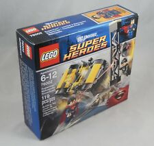 LEGO DC Super Heroes 76002 Superman Metropolis Showdown Set Brand NEW In Box