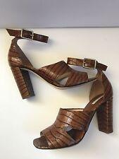 Dries Van Noten crocodile en relief Sandales en cuir, taille 38