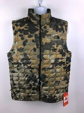 NEW - The North Face Camouflage Slim Fit Puffer Vest Men's Large. B37