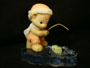 Precious Moments-Teddy Bear Catching Fish - Ice Fishing-2001 RETIRED-WITH BOX