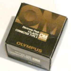 OLYMPUS OM TTL AUTO CONNECTOR TYPE 3.