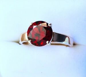 RING White GOLD-Size R Red GARNET Brilliant Cut- Flawless 8.8mm dia 3.14 carats