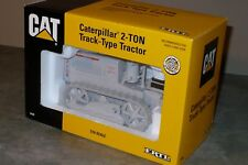 CATERPILLAR 2-TON Track-Type Toy Tractor 1/16 Ertl NIB