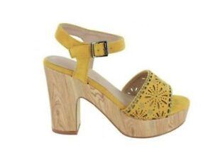 MENBUR Umito 020491 Sandalia Amarillo Mujer Talón Largo Con Plataforma Madera