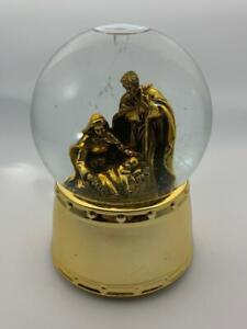 "Musical Nativity scene water Globe gift 5.5"" tall  Musical Water Globe"