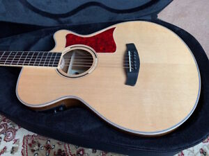 1 Tanglewood Electric Electro Acoustic Guitar & New Case Great Sound RRP £328
