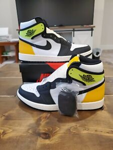 "Nike Air Jordan Retro 1 High OG ""Volt Gold"" SZ 9.5 Black/White/Yellow 555088-118"