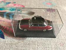 Voiture miniature Panhard Dyna Z Taxi 1/43