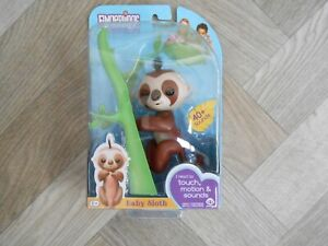 Fingerlings WowWee Baby Sloth marge 40+ Sounds Touch Motion Interactive Pet