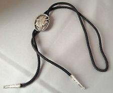 collier de cravate cordon noir déco cow boy en relief couleur argent 3631