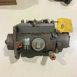 Roosa Master Diesel Injection Pump Model  GFCL - 627-31   6 Cylinder