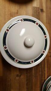 Pfaltzgraff AMALFI CLASSIC 2.5 Quart Round Covered Casserole Dish