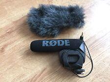 Rode Videomic Pro con Rycote windjammer