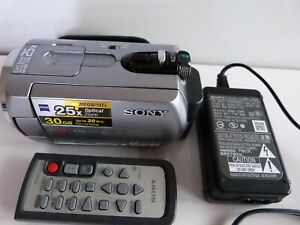 SONY Handycam DCR-SR62 with built in 30GB HDD. Fully working with remote.