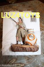 Star Wars Force Awakens Rey and BB-8 Statue Disney Store Exclusive limited 700