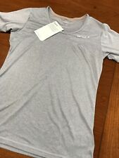 Women's 2XU Movement Tech Tee, moisture wicking Size Small, New with tags