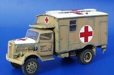 PLUS MODEL CONVERSION KIT OPEL BLITZ 4X4 AMBULANCE WWII Scala 1:35 Cod.PL092