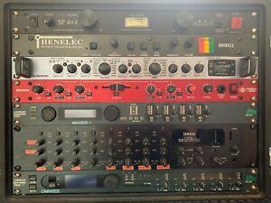 Yamaha MV802 8 Channel Rack Mount Mixer 2U