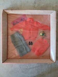 NRFB Vintage Barbie Clothing Set Sweater Girl #976 Original Mattel Dolls
