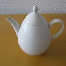 030 - KPM Porzellan Kaffeekanne URBINO in weiß