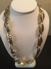 Vintage Signed Coro Des Pat Pend Gold Tone Leaf Necklace Choker