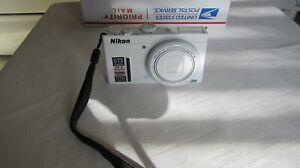Nikon COOLPIX P330 12.2MP Digital Camera - WHITE