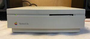 Apple Macintosh IISi Model M0360 Computer Pc Retro