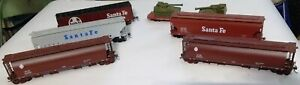 Lot of 6 HO Scale Covered Hoppers 3 & 4 bay & 60' Flat Car with @ Military Tanks