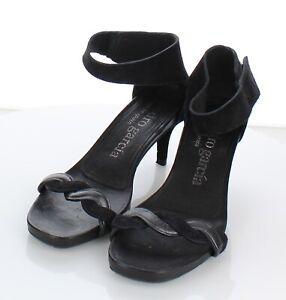 30-39 $550 Women's Sz 37.5 M Pedro Garcia Ceres Mid Heel Sandal