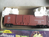 Vintage HO Scale Athearn Pennsylvania Auto Double Door Box Car in Box