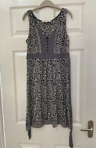 Ladies Fatface Blue Floral Print Summer Dress Size 10 VGC